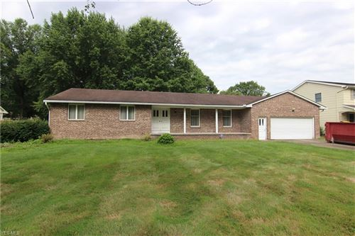 Photo of 5680 Sharon Drive, Youngstown, OH 44512 (MLS # 4212810)