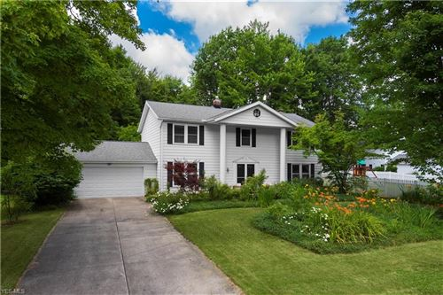 Photo of 5460 Ridge Lane, Solon, OH 44139 (MLS # 4201814)