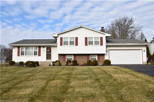 Photo of 20 Sawmill Run Drive, Canfield, OH 44406 (MLS # 4250814)