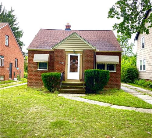 Photo of 968 Rushleigh Road, Cleveland Heights, OH 44121 (MLS # 4309814)