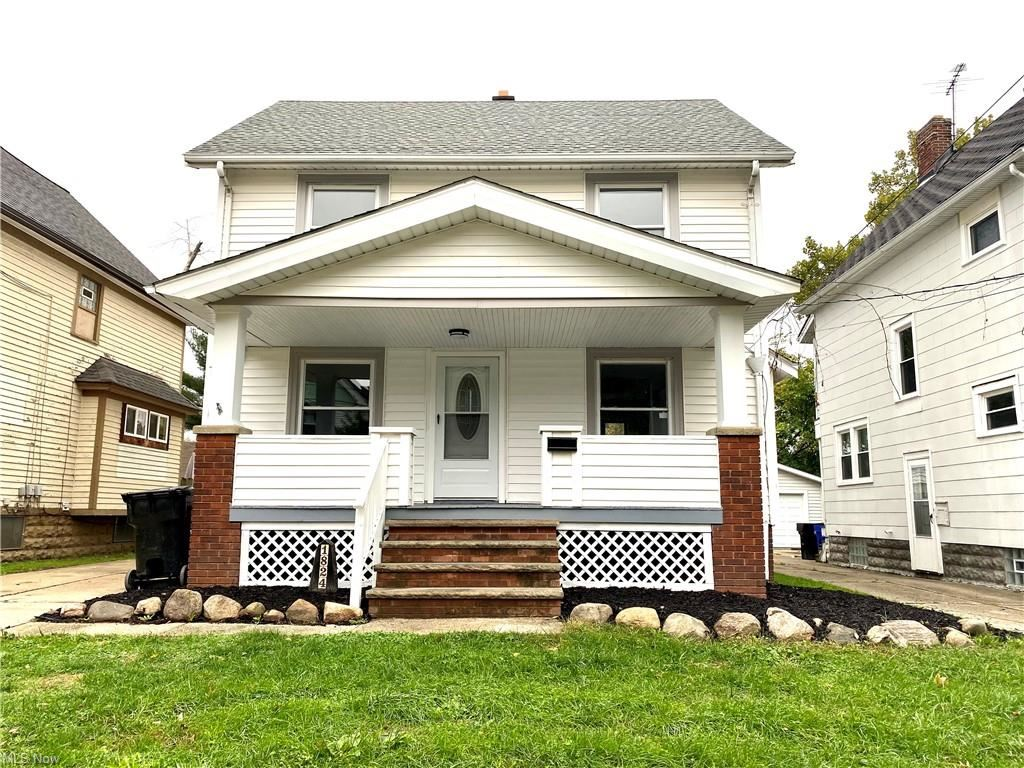 Photo of 1824 Treadway Avenue, Cleveland, OH 44109 (MLS # 4327814)