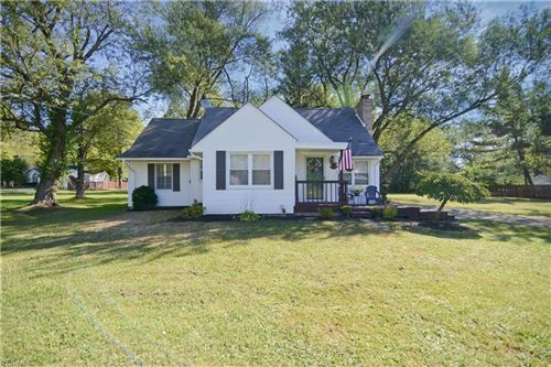 Photo of 2723 S Canfield Niles Road, Austintown, OH 44515 (MLS # 4135816)