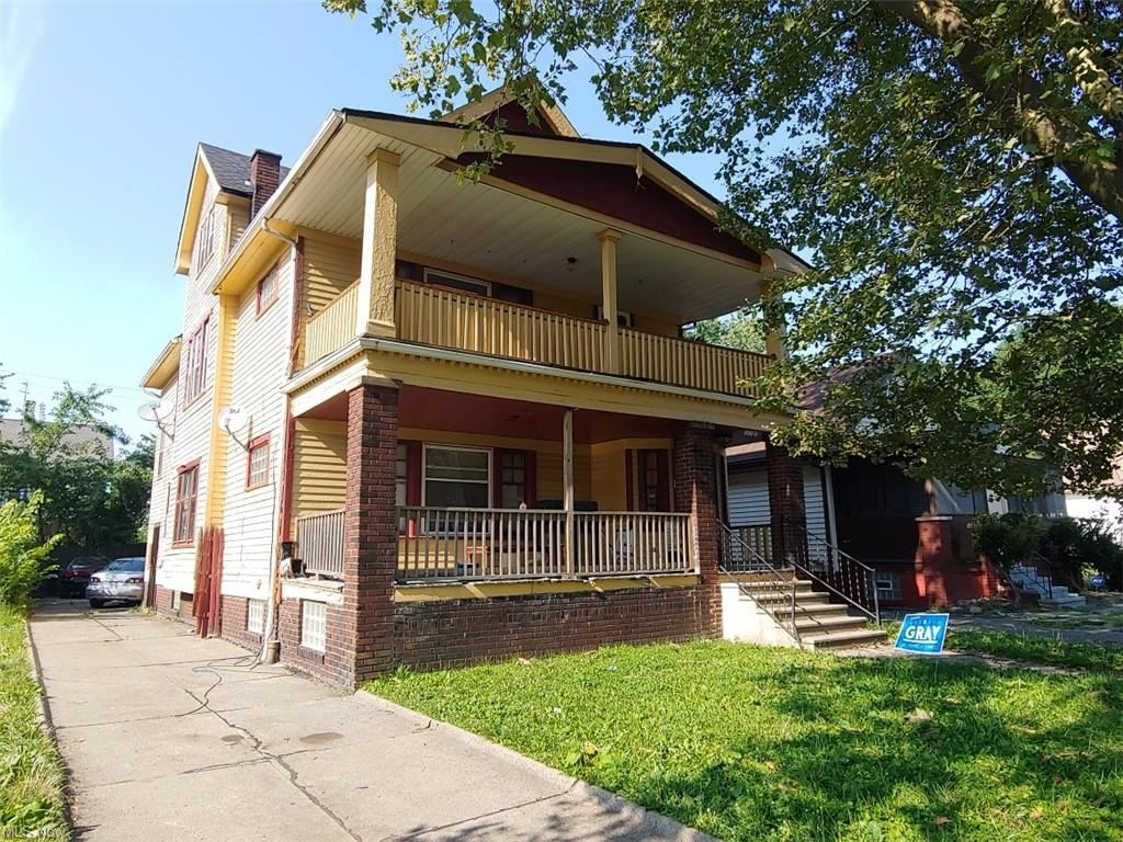 Photo of 11325 Melba Avenue, Cleveland, OH 44104 (MLS # 4303818)
