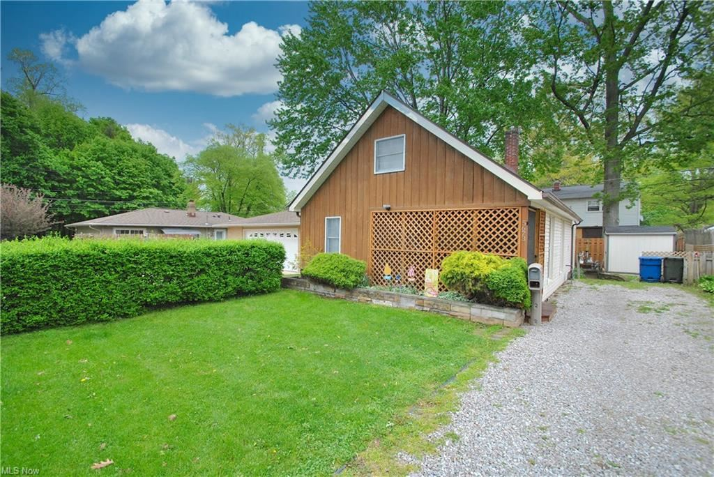 5673 Whitethorn Drive, Mentor on the Lake, OH 44060 - MLS#: 4275821