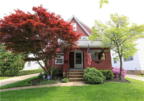 Photo of 955 Pembrook Road, Cleveland Heights, OH 44121 (MLS # 4279826)