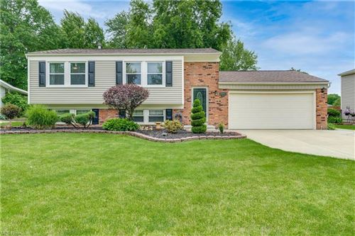 Photo of 26965 Southwood Lane, Olmsted Township, OH 44138 (MLS # 4289826)