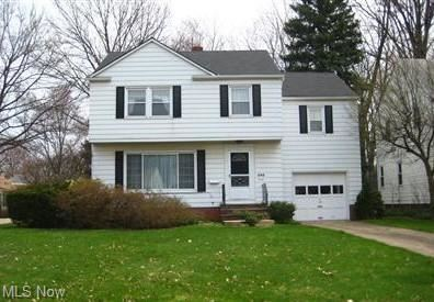 Photo of 995 S Belvoir Boulevard, South Euclid, OH 44121 (MLS # 4282830)