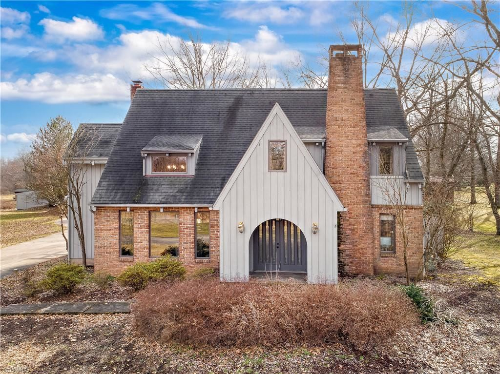 498 Center Road, New Franklin, OH 44319 - MLS#: 4173838