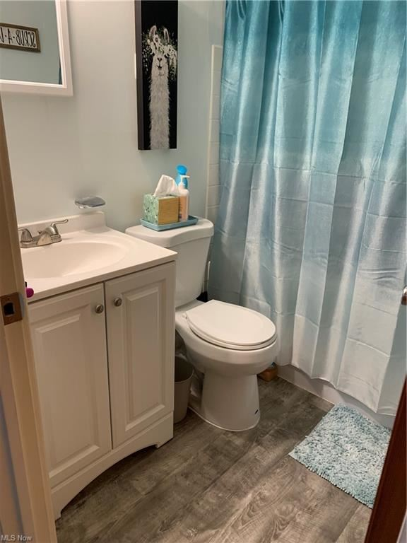 Photo of 115 S Rocky River Drive #104, Berea, OH 44017 (MLS # 4327838)