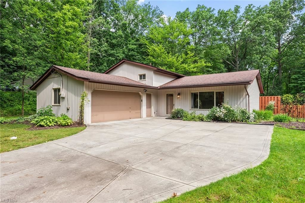 20142 Albion Road, Strongsville, OH 44149 - #: 4300839
