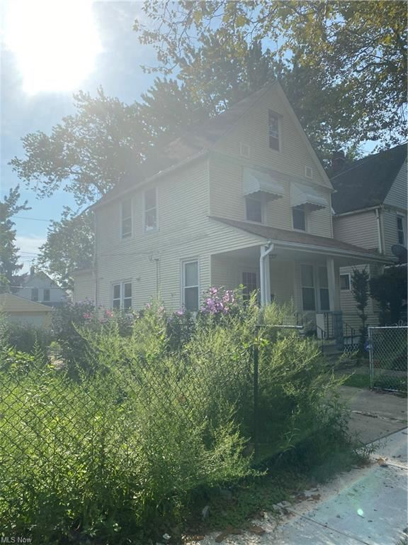 Photo of 3197 W 94th Street, Cleveland, OH 44102 (MLS # 4327839)