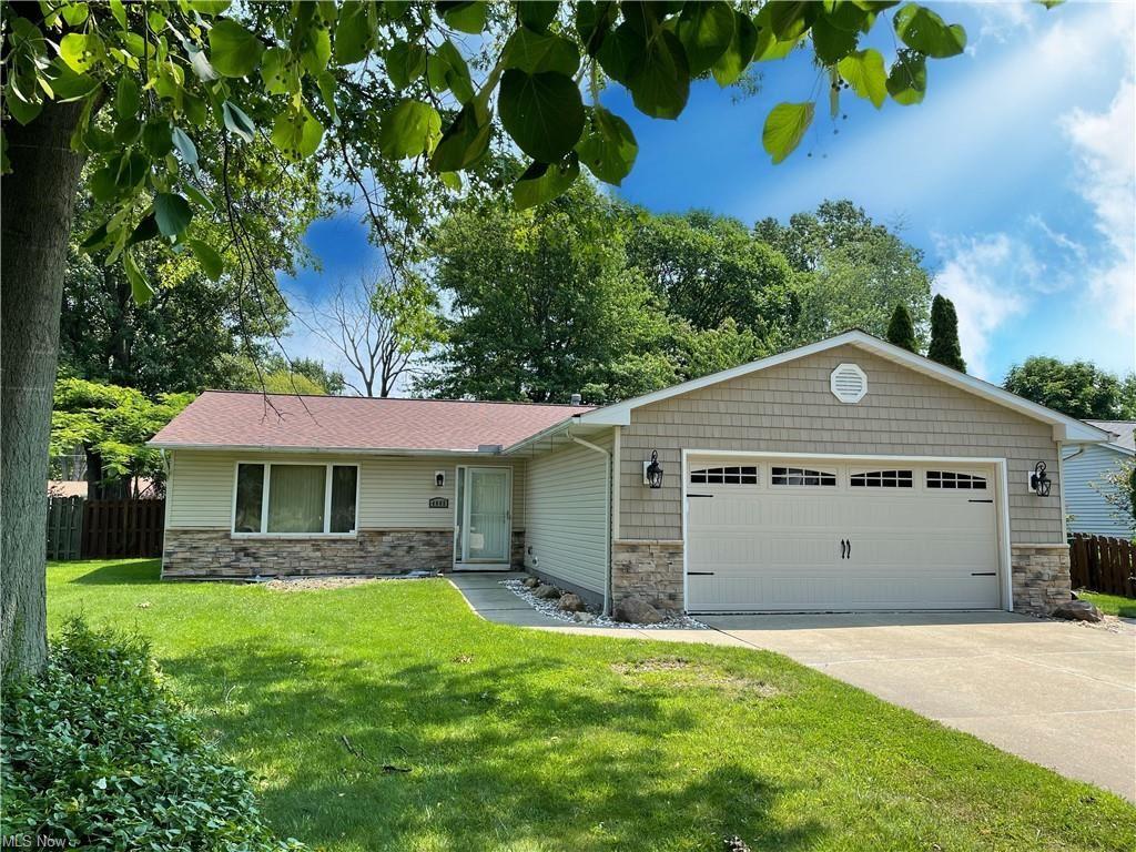 Photo of 4865 Jody Lynn Drive, Mentor, OH 44060 (MLS # 4303843)