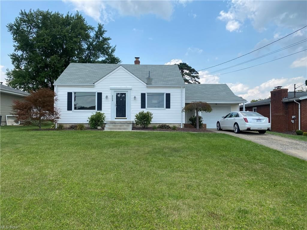 Photo of 353 Como, Struthers, OH 44471 (MLS # 4303846)