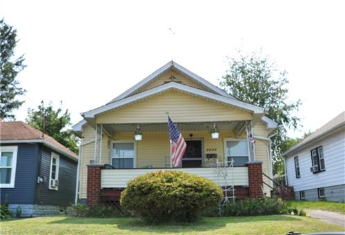 Photo of 2624 Taylor, Youngstown, OH 44502 (MLS # 4302850)