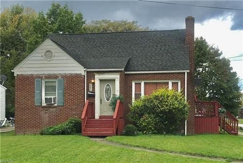 Photo of 231 Potomac Avenue, Youngstown, OH 44507 (MLS # 4324864)