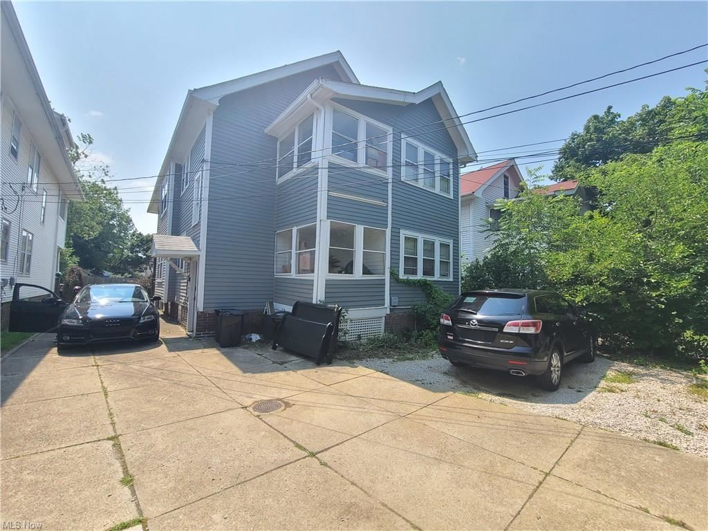 Photo of 2797 Avondale Avenue, Cleveland Heights, OH 44118 (MLS # 4303865)