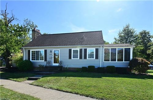 Photo of 25921 Wolf Road, Bay Village, OH 44140 (MLS # 4320867)