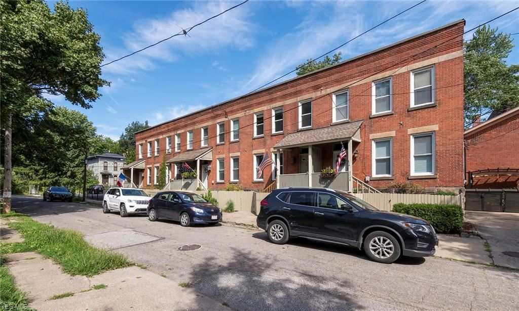 3052 Mabel Court, Cleveland, OH 44113 - #: 4213868