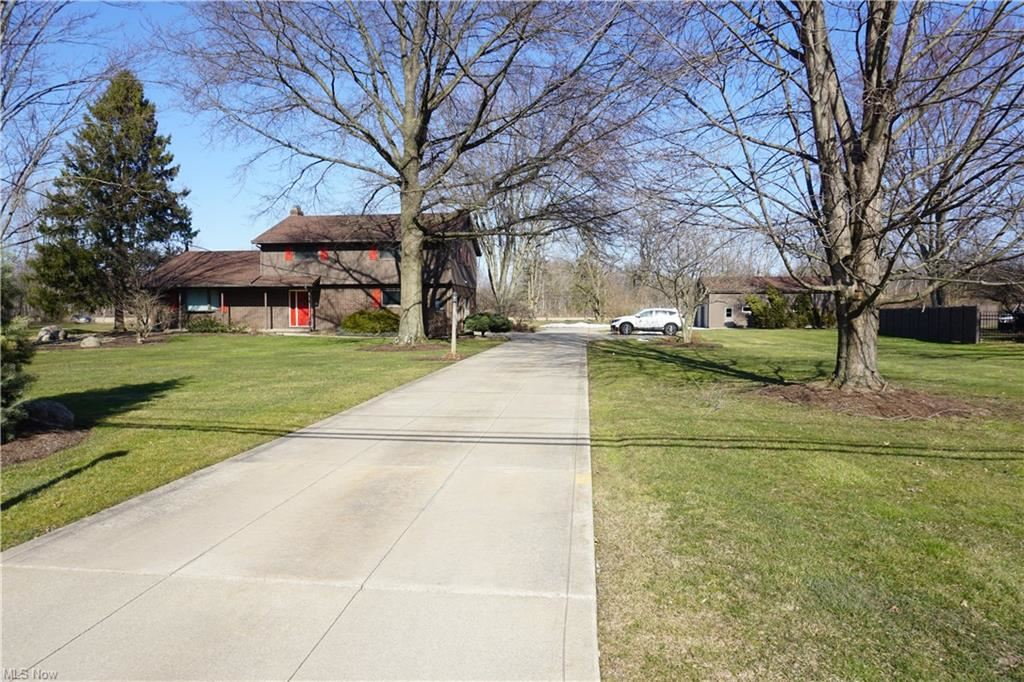 26858 SCHADY Road, Olmsted Township, OH 44138 - #: 4254869