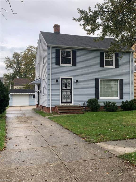 Photo of 20904 Hillgrove Avenue, Maple Heights, OH 44137 (MLS # 4327872)