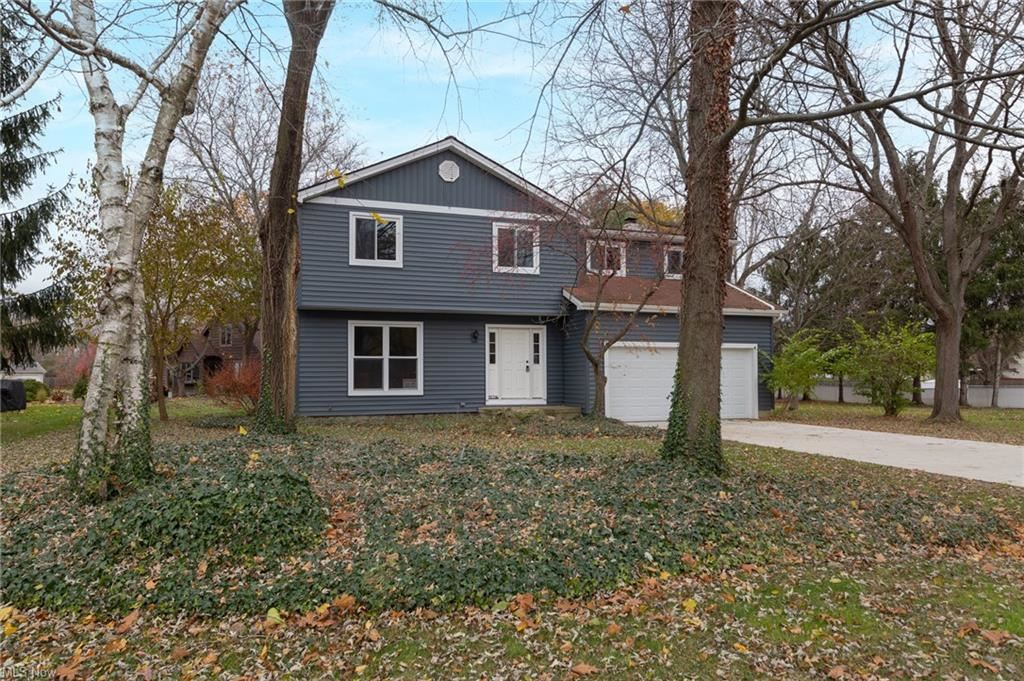 25394 Tyndall Falls Drive, Olmsted Falls, OH 44138 - #: 4321874
