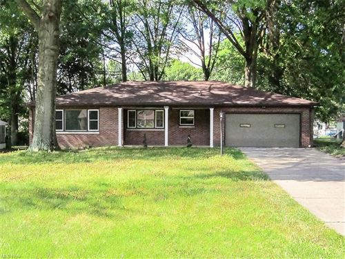 Photo of 808 Ewing Road, Youngstown, OH 44512 (MLS # 4303876)