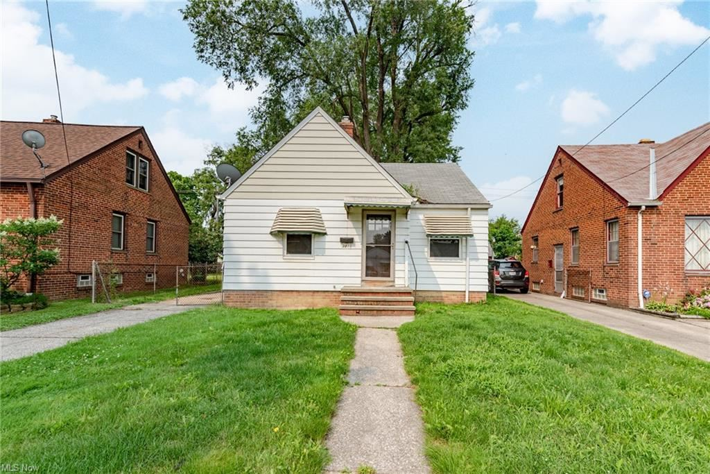 3810 W 116th Street, Cleveland, OH 44111 - #: 4300876