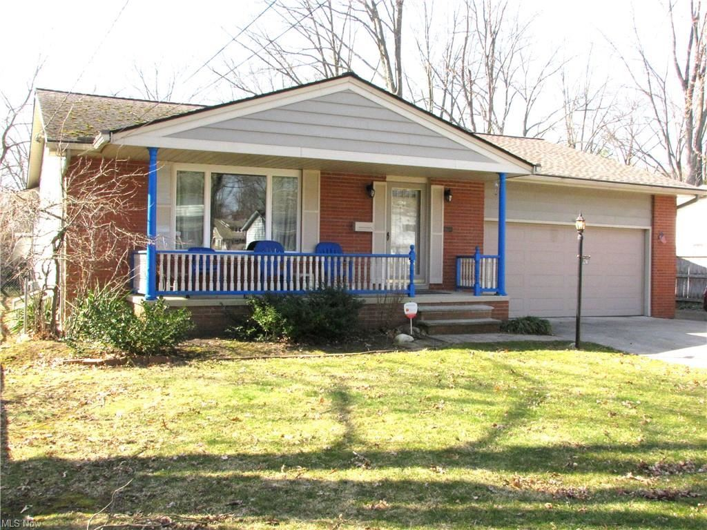 3240 W 230th Street, North Olmsted, OH 44070 - #: 4261880