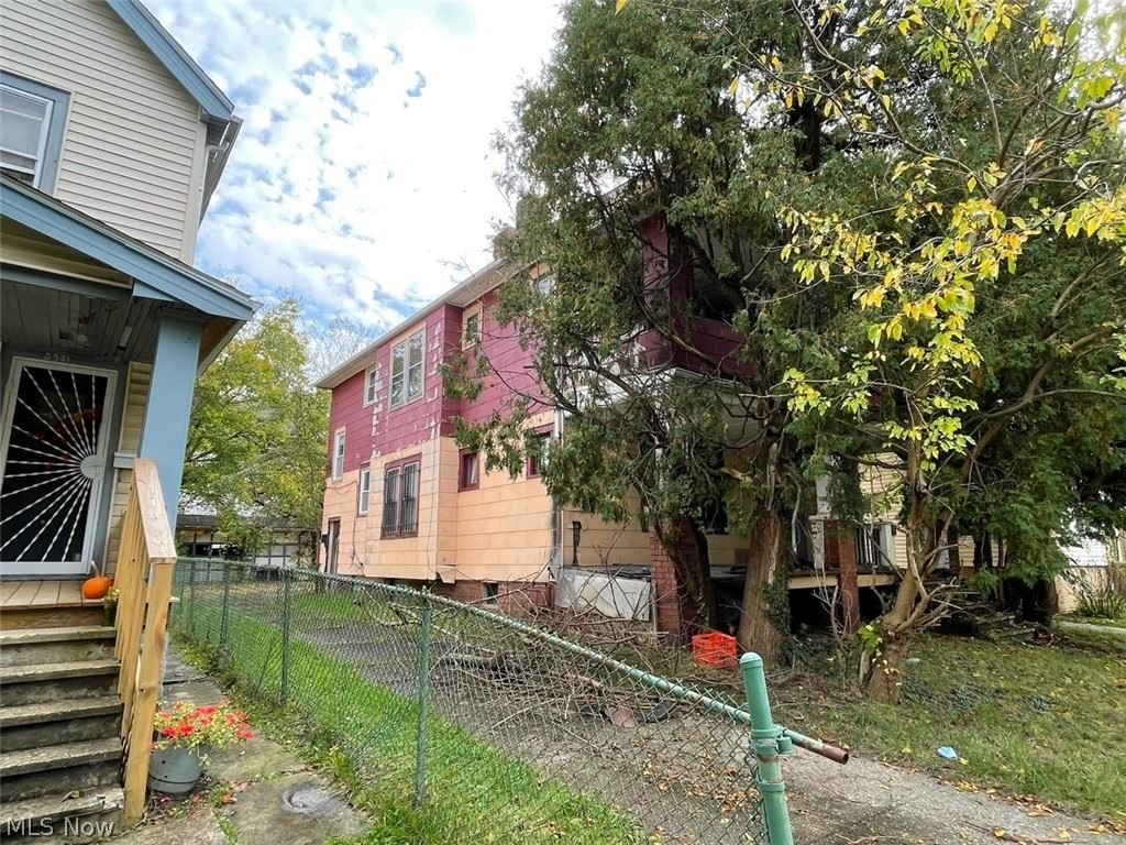 Photo of 3545 E 118th Street, Cleveland, OH 44105 (MLS # 4327885)