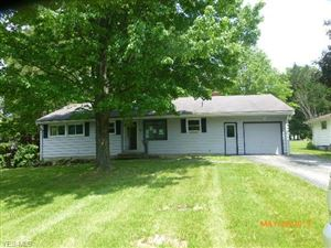 Photo of 75 Evans Ave, Youngstown, OH 44515 (MLS # 4106892)