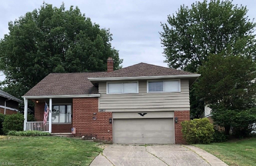 5909 Hollywood Drive, Cleveland, OH 44129 - #: 4278895