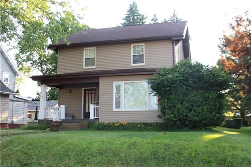 Photo of 327 Montrose Avenue NW, Canton, OH 44708 (MLS # 4211902)