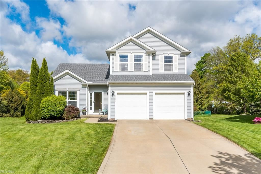 3264 Bridgeport Drive, North Olmsted, OH 44070 - #: 4278906