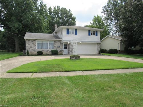 Photo of 6915 Middlebrook Boulevard, Middleburg Heights, OH 44130 (MLS # 4315907)