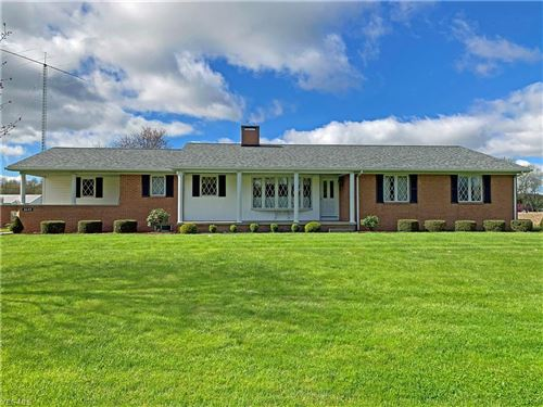 Photo of 3645 Middleton Road, Columbiana, OH 44408 (MLS # 4203921)