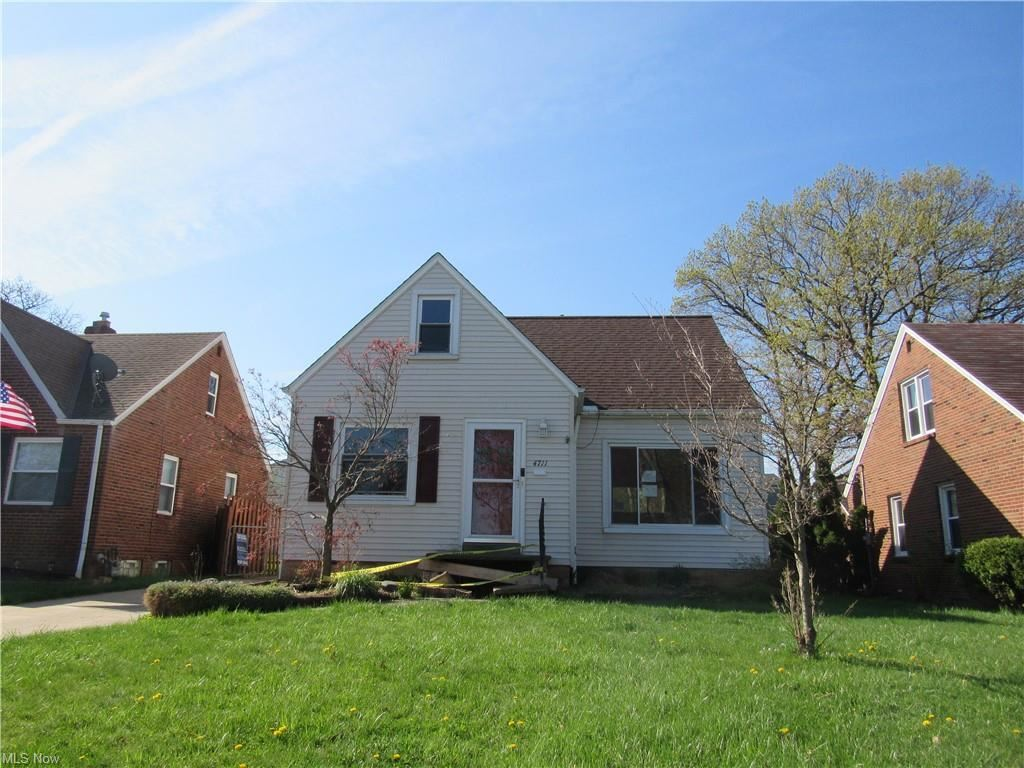 4711 Grantwood Drive, Parma, OH 44134 - #: 4271928