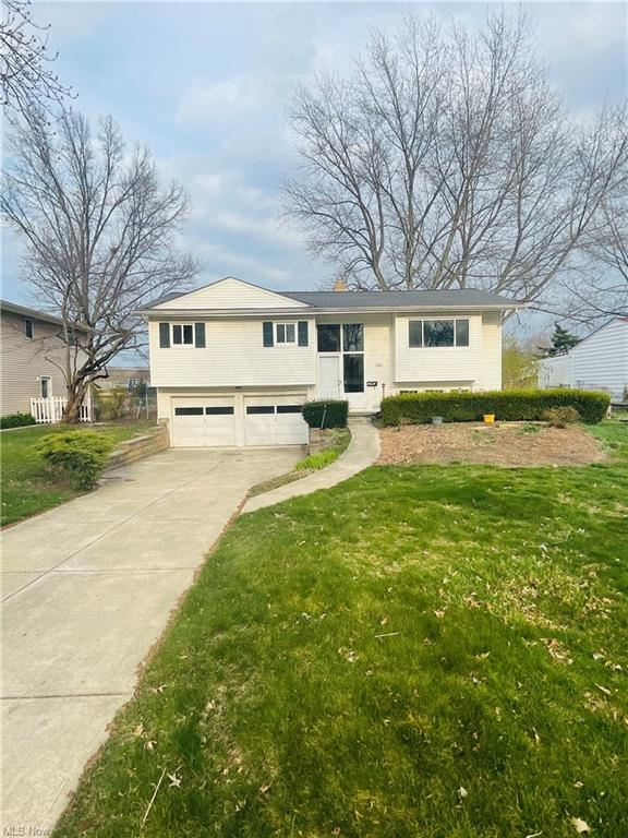 5931 Gareau Drive, North Olmsted, OH 44070 - #: 4267929