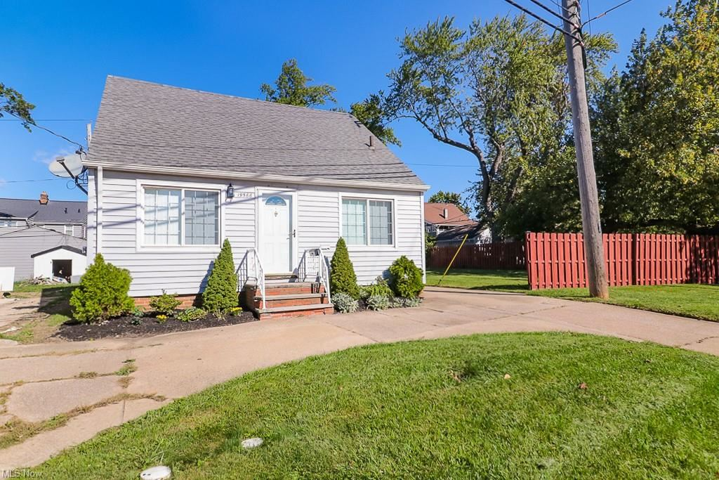 19566 Lake Road, Rocky River, OH 44116 - #: 4326929