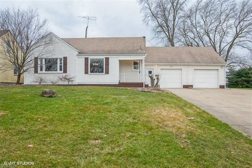 Photo of 5774 Beechwood Drive, Youngstown, OH 44514 (MLS # 4249935)