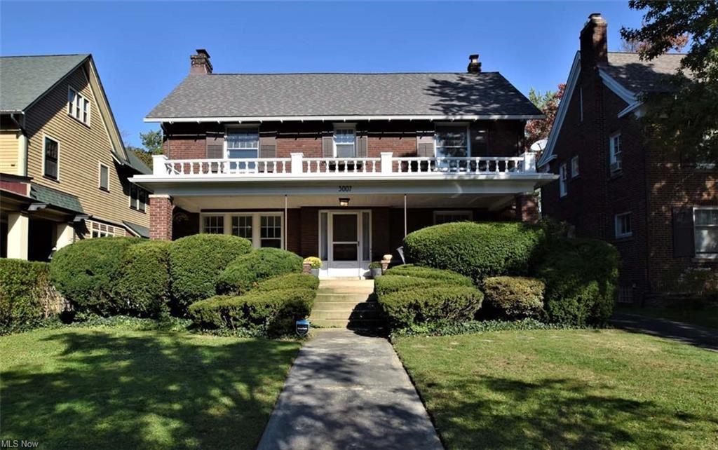 Photo of 3007 Euclid Heights Boulevard, Cleveland Heights, OH 44118 (MLS # 4325937)