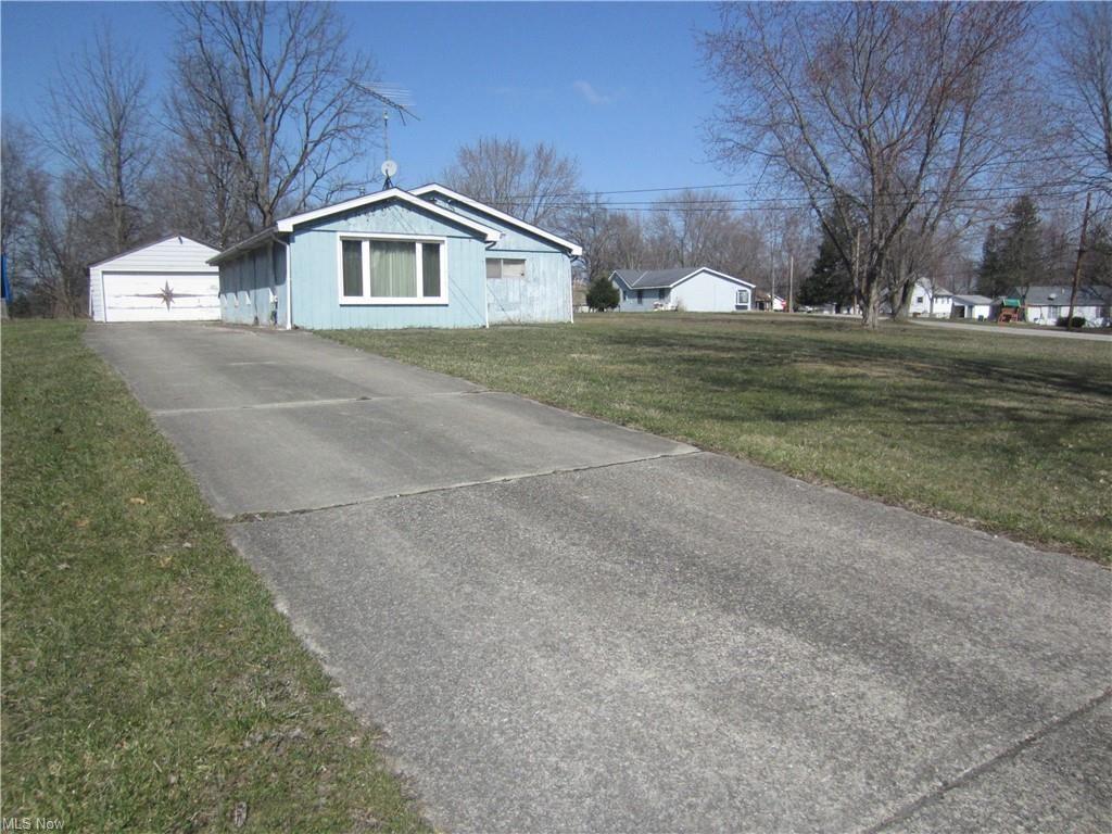 41770 Ethel Drive, Elyria, OH 44035 - #: 4242939