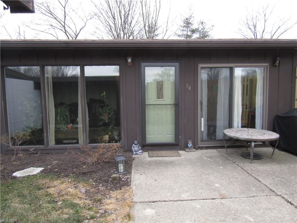 54 Greenfield Court, Berea, OH 44017 - #: 4262939