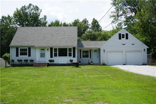 Photo of 37455 Chester Road, Avon, OH 44011 (MLS # 4301947)