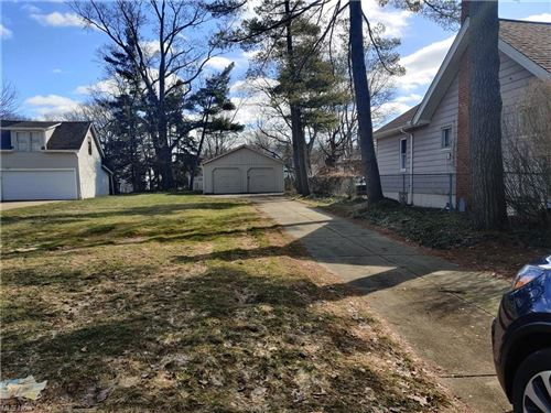 Photo of 1575 Commodore Road, Lyndhurst, OH 44124 (MLS # 4260958)