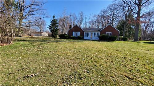 Photo of 3303 Decamp Road, Youngstown, OH 44511 (MLS # 4274958)
