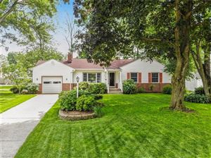 Photo of 717 Orlo Ln, Youngstown, OH 44512 (MLS # 4105960)