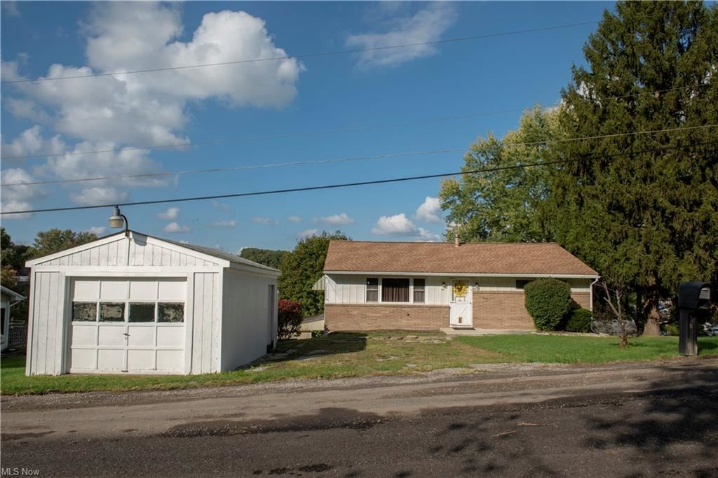 Photo of 47736 Lincoln Street, East Liverpool, OH 43920 (MLS # 4322964)