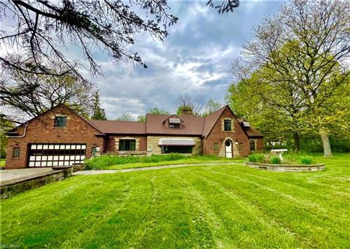 Photo of 17877 Hunt Road, Strongsville, OH 44136 (MLS # 4277968)
