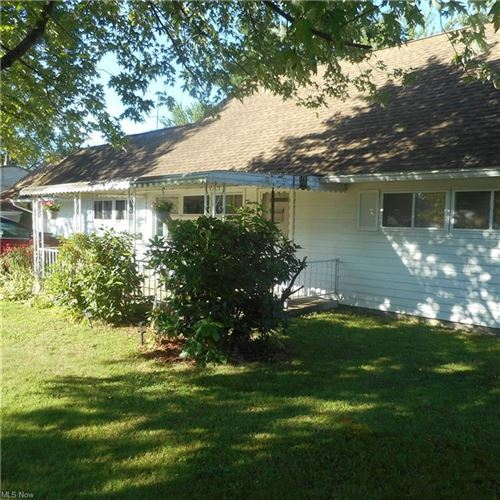 Photo of 428 S Edgehill Avenue, Youngstown, OH 44515 (MLS # 4303971)