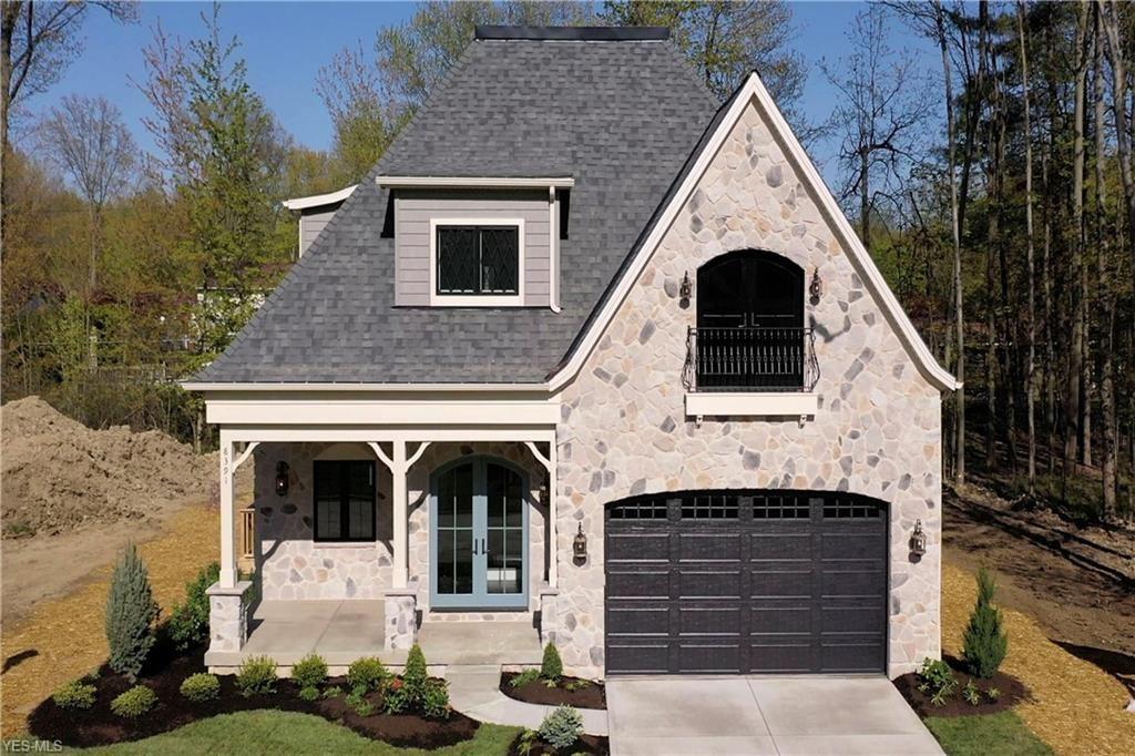 8391 Falls Glen Lane, Olmsted Falls, OH 44138 - #: 4233983